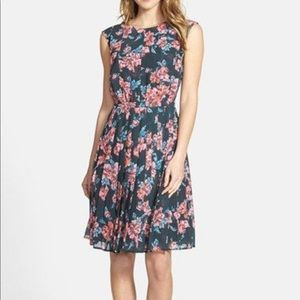 Halogen Floral Pleated Dress size 10